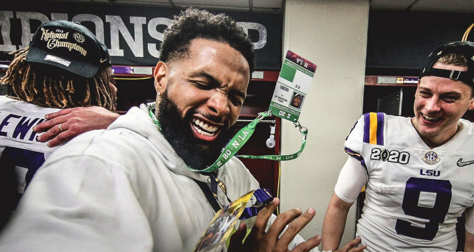 Investigation begins after NFL star Odell Beckham Jr. hands out real money to college players